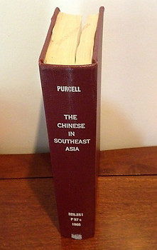 The Chinese in Southeast Asia - Victor Purcell